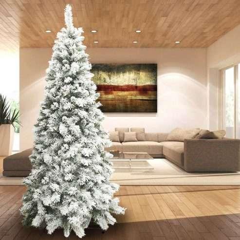 albero-di-natale-innevato