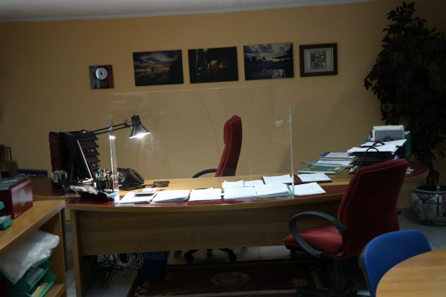 locali-e-attivita-commerciali-torino-magazzinoufficio-4-garage-3c8a3afbc658af54a120059326eb81eb