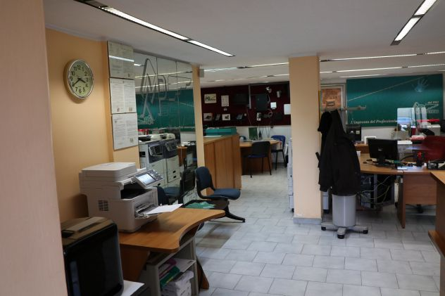 locali-e-attivita-commerciali-torino-magazzinoufficio-4-garage-5187a79598e3b04c9644abc9aa122d68